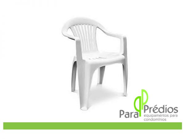 cadeira-plastica-com-braco-ate-120kg